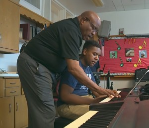 Click here to watch WFAA's profile on John Tatum's piano class at DISD's Carter High School.